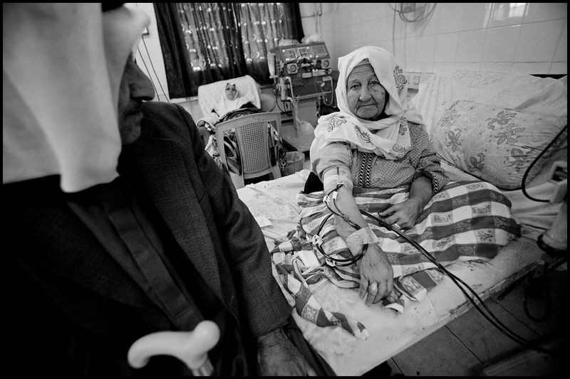 Zoriah_gaza_palestine_israel_palestinians_arab_muslim_medical_crisis_hospital_doctor_supplies_05-03-06-FD9T8181ci