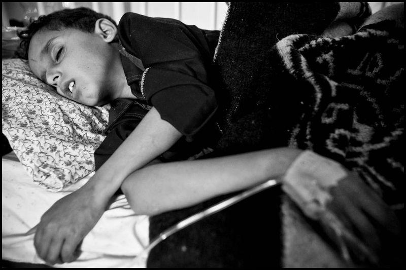 Zoriah_gaza_palestine_israel_palestinians_arab_muslim_medical_crisis_hospital_doctor_supplies_05-08-06-FD9T8709ci