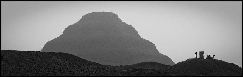 Zoriah_cairo_pyramid_landscape_zahi_hawass_dig_site_archeology_archeologist_man_police_guard_camel20081230_2167