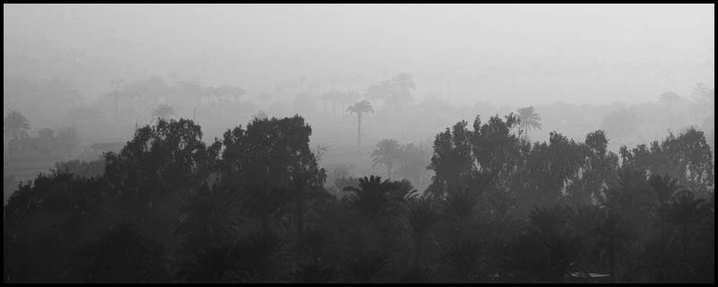 Zoriah_cairo_pyramid_landscape_black_white_panorama20081230_2154