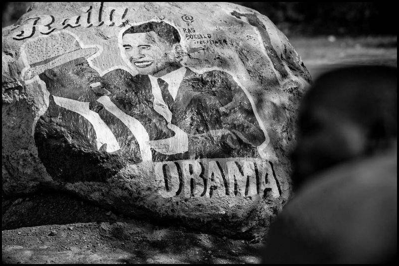 Zoriah_barack_obama_kogelo_kenya_inauguration_day_american_president_village_celebration_20090119_3202