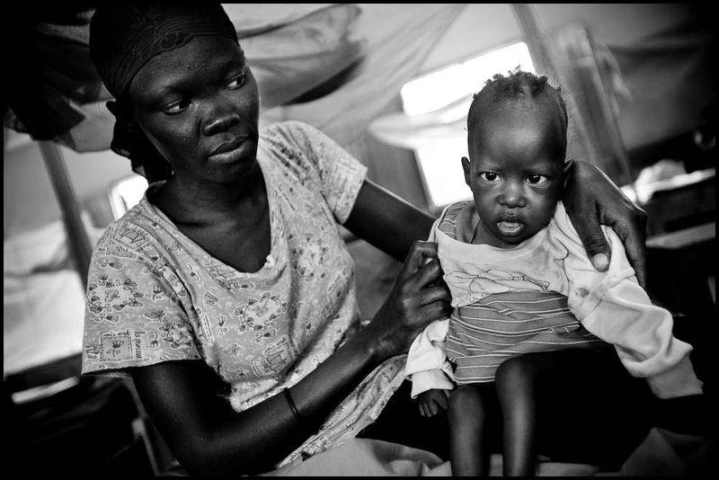 Zoriah_kenya_famine_kakuma_refugee_camp_irc_international_rescue_committee_aid_hunger_starvation_shortage_20090128_9434