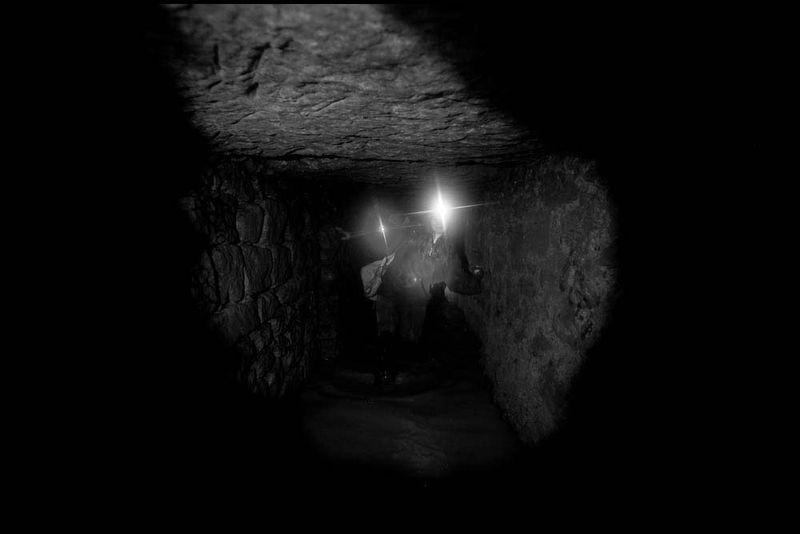 Zoriah_catacombs_de_paris_cataphile_cataphiles_decent_descent_descendre_france_0004_20081220_3472