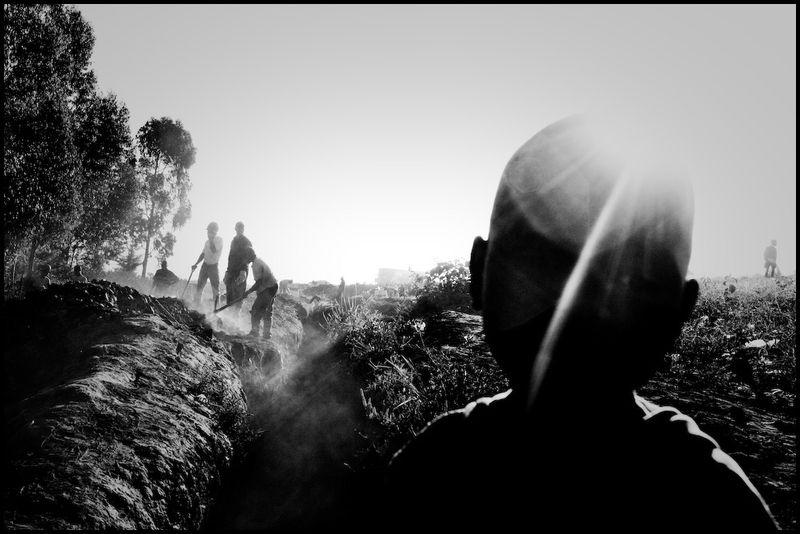 Zoriah_photojournalist_war_photographer_kenya_child_children_poverty_poor_20090114_4435-2