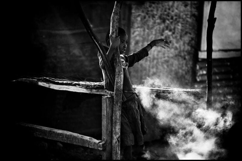 Zoriah_photojournalist_war_photographer_kenya_child_children_poverty_poor_20090114_2714