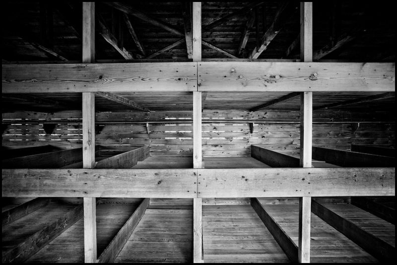 Zoriah_photojournalist_war_photographer_dachau_nazi_concentraion_camp_germany_20080826_0061