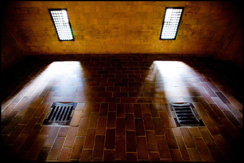 Zoriah_photojournalist_war_photographer_dachau_nazi_concentraion_camp_germany_20080826_0189-1