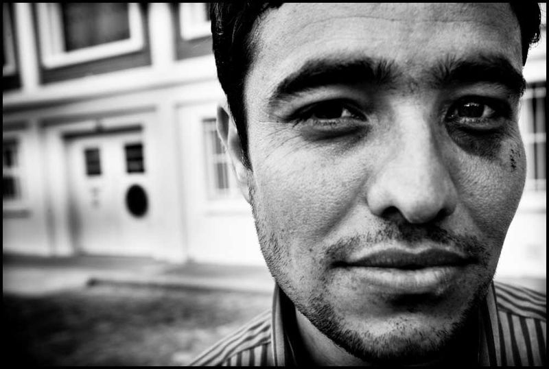 Zoriah_photojournalist_war_photographer_20090601_0040