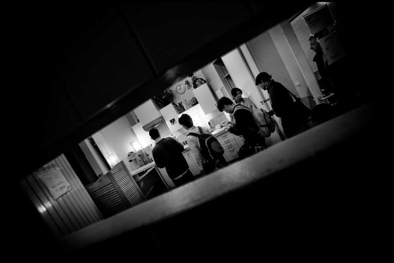 Zoriah_photojournalist_war_photographer_20090602_0534