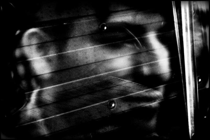 Zoriah_photojournalist_war_photographer_20090601_0077