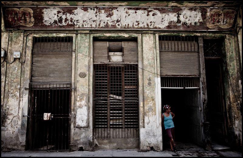 Zoriah_photojournalist_war_photographer_havana_cuba_street_20090801_0028