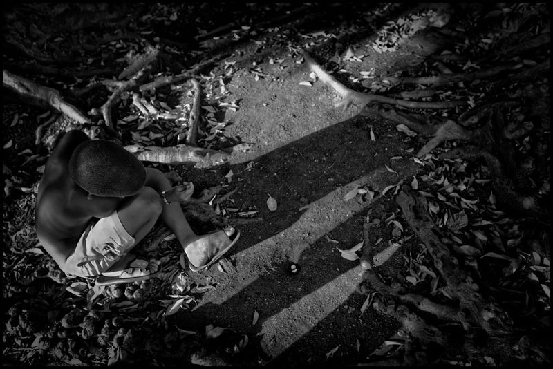 Zoriah_photojournalist_war_photographer_havana_cuba_child_children__20090803_0106-1