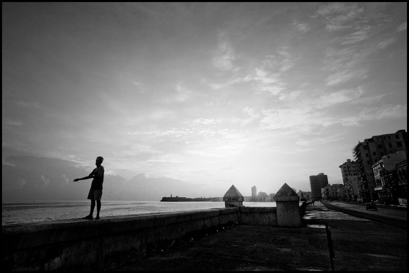 Zoriah_photojournalist_war_photographer_cuba_havana_workers_jobs_labor_work__20090806_0494