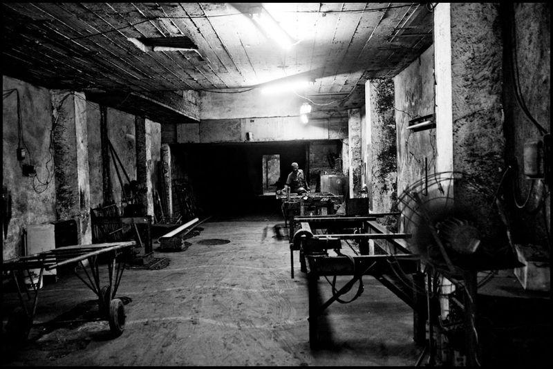 Zoriah_photojournalist_war_photographer_cuba_havana_workers_jobs_labor_work__20090807_0010