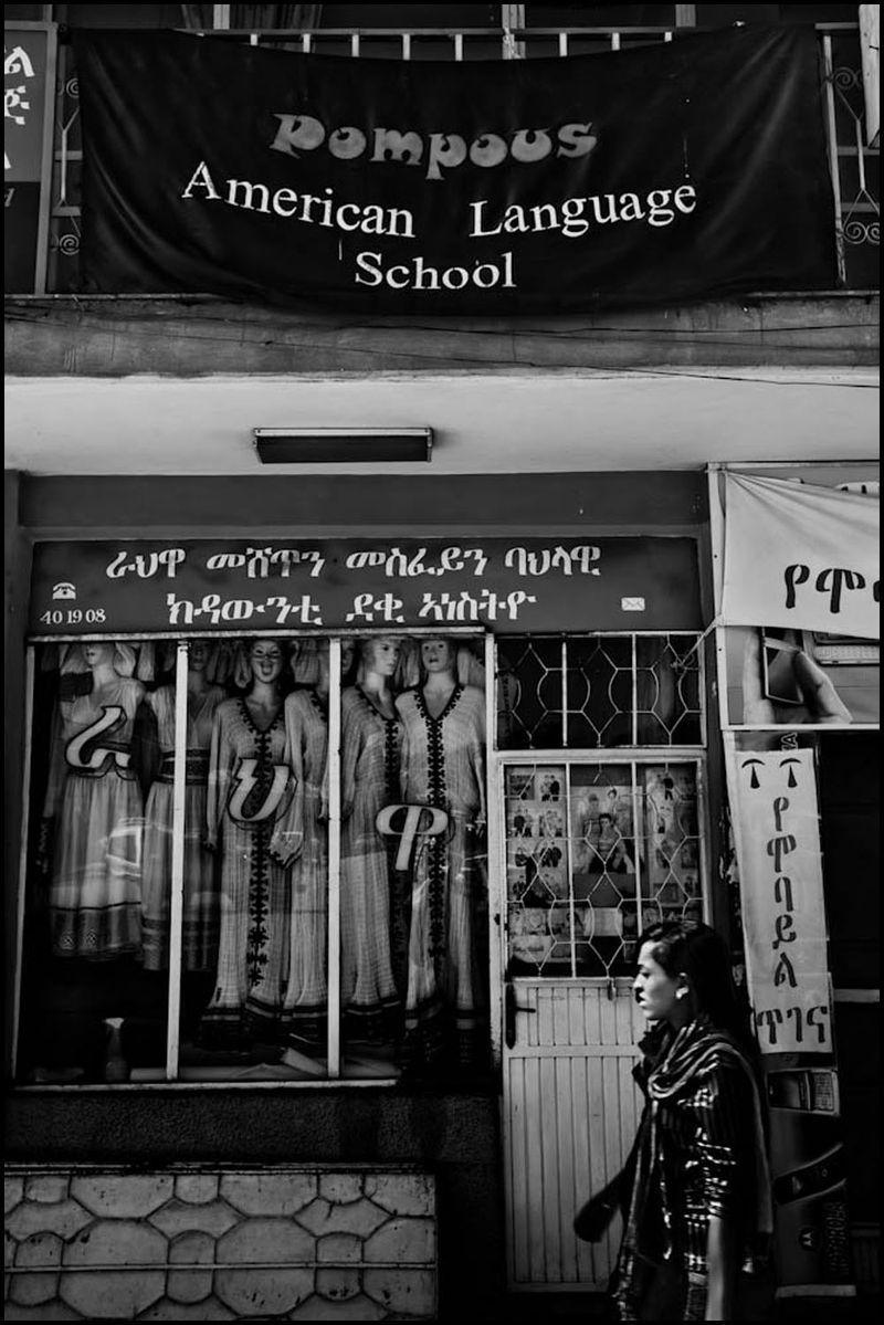 Zoriah_photojournalist_war_photographer_20091104_0548_2