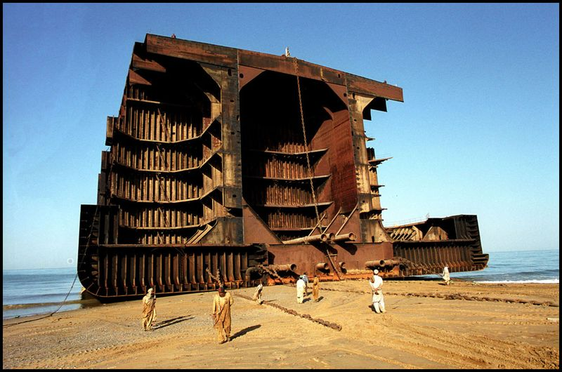 Gmb_akash_ship_breaking_pakistan_zoriah_blog_02