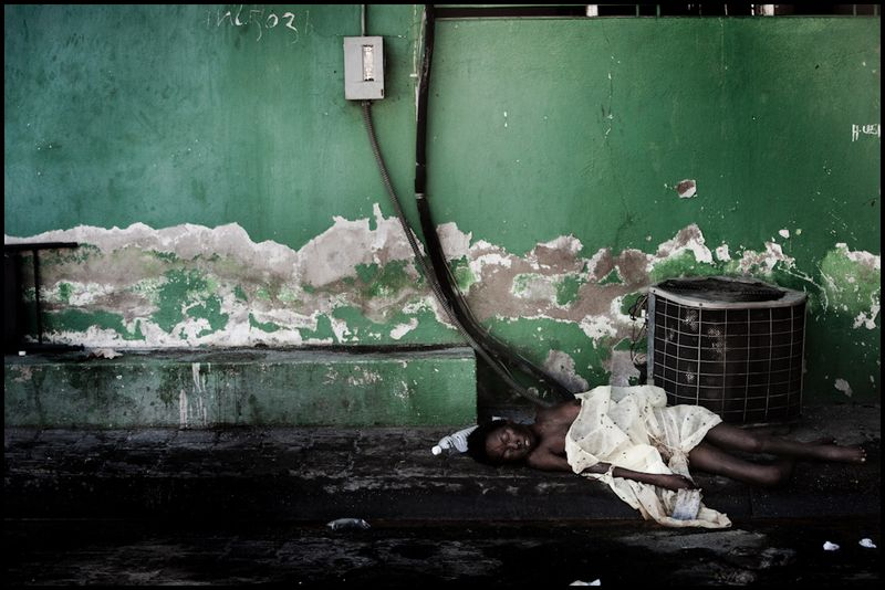 Zoriah_haiti_earthquake_workshop_port_au_prince_disaster_haitian_20100119_0641_009