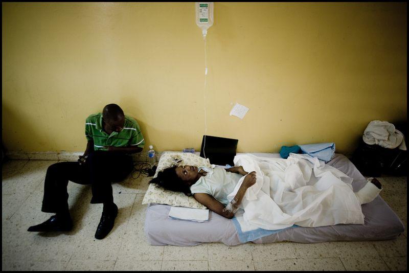 Zoriah_haiti_earthquake_workshop_port_au_prince_disaster_haitian_20100118_0101_015