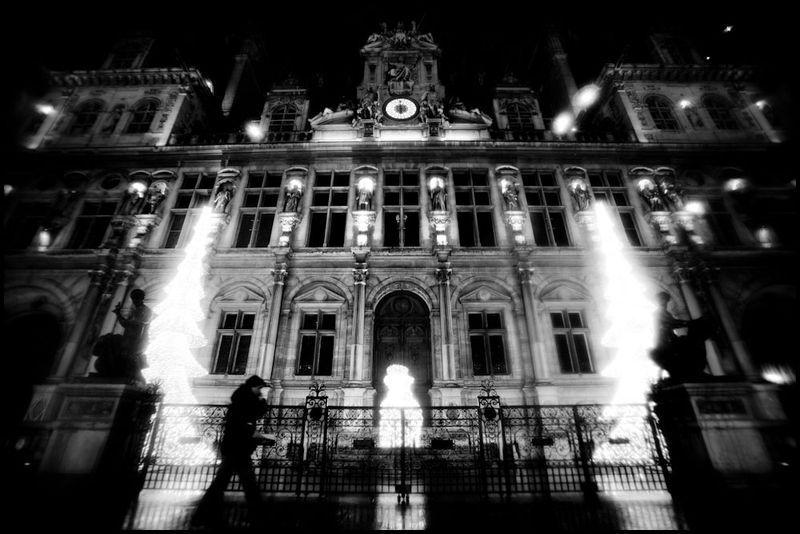 Paris_christmas_zoriah_photojournalist_war_photographer_20101218_0356