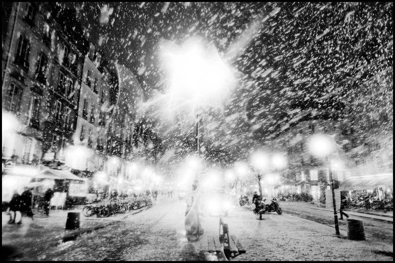 Paris_christmas_zoriah_photojournalist_war_photographer_20101218_0402