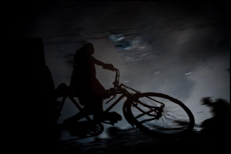 Zoriah-photojournalist-photographer-dhaka-rickshaw-rick-shaw-bangladesh_20100224_0517