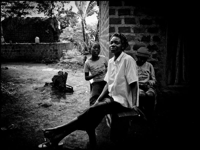 Zoriah_budget_camera_photojournalism_20110305_0319