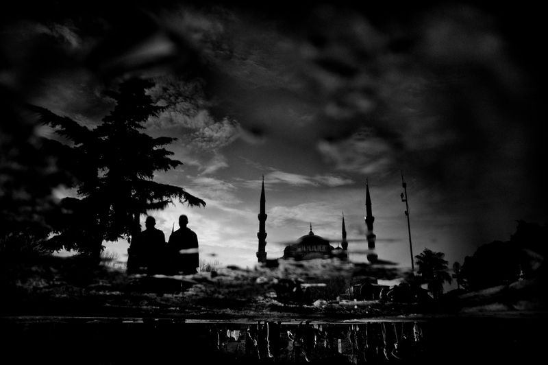 0001_zoriah_photojournalist_war_photographer_turkey_blue_mosque_2_20120403_0840
