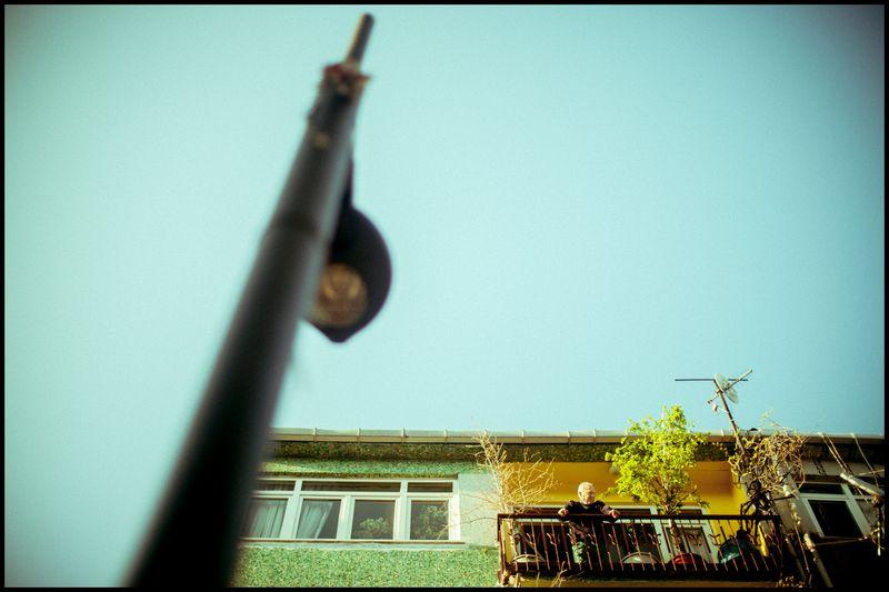 0002_zoriah_photojournalist_war_photographer-color-photography_20120411_0899