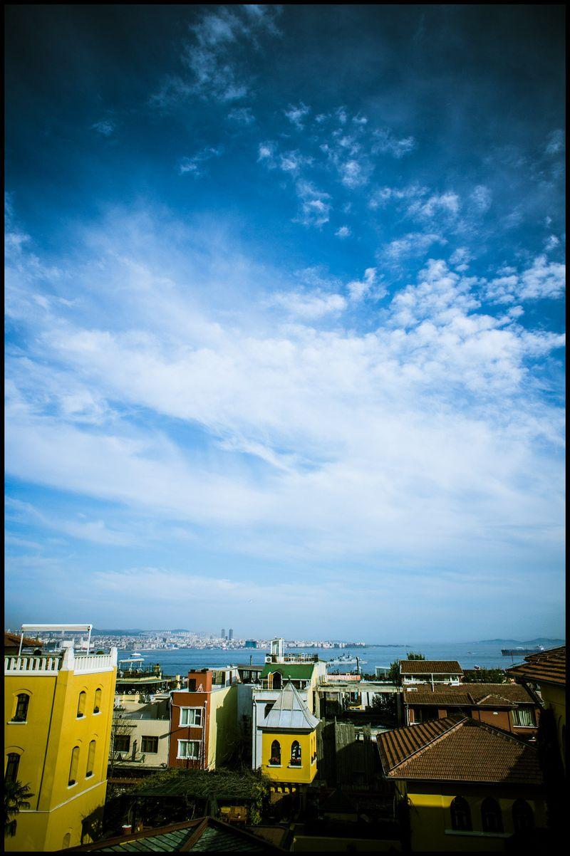 0008_zoriah_photojournalist_war_photographer-color-photography_20120403_0812