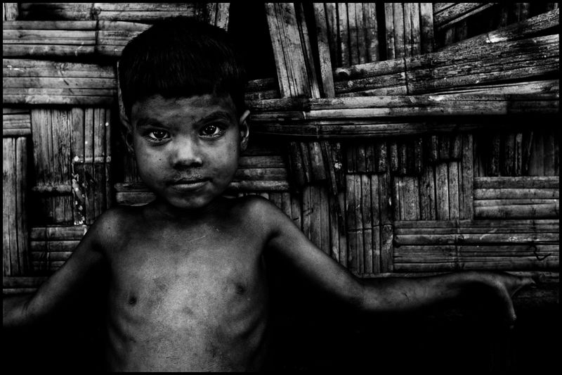 0001_zoriah_photojournalist_war_photographer_bangladesh_rohingue-refugee_boy_20100301_0268