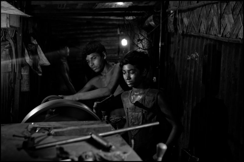 0010_zoriah_child_labor_children_working_20120815_0127