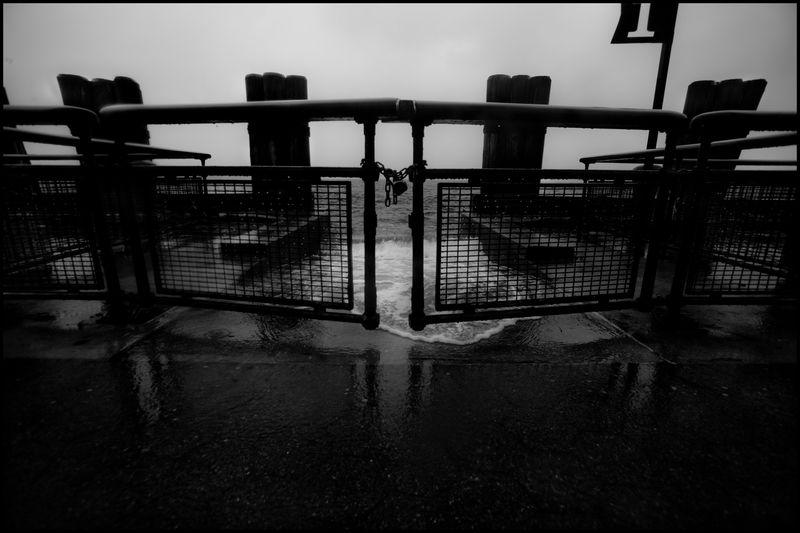 0004_zoriah_photojournalist_war_photographer_hurricane_sandy_new_york_city_20121030_0277