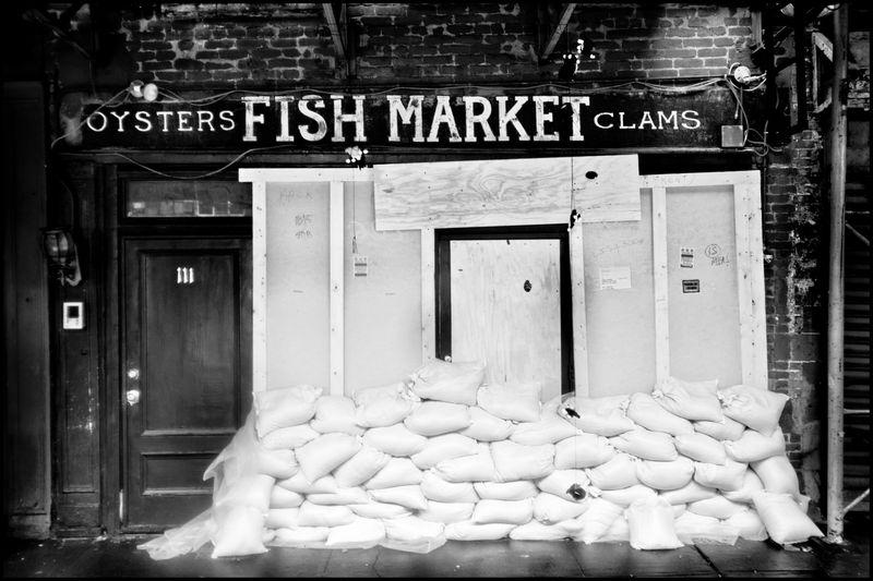 0005_zoriah_photojournalist_war_photographer_hurricane_sandy_new_york_city_20121030_0231