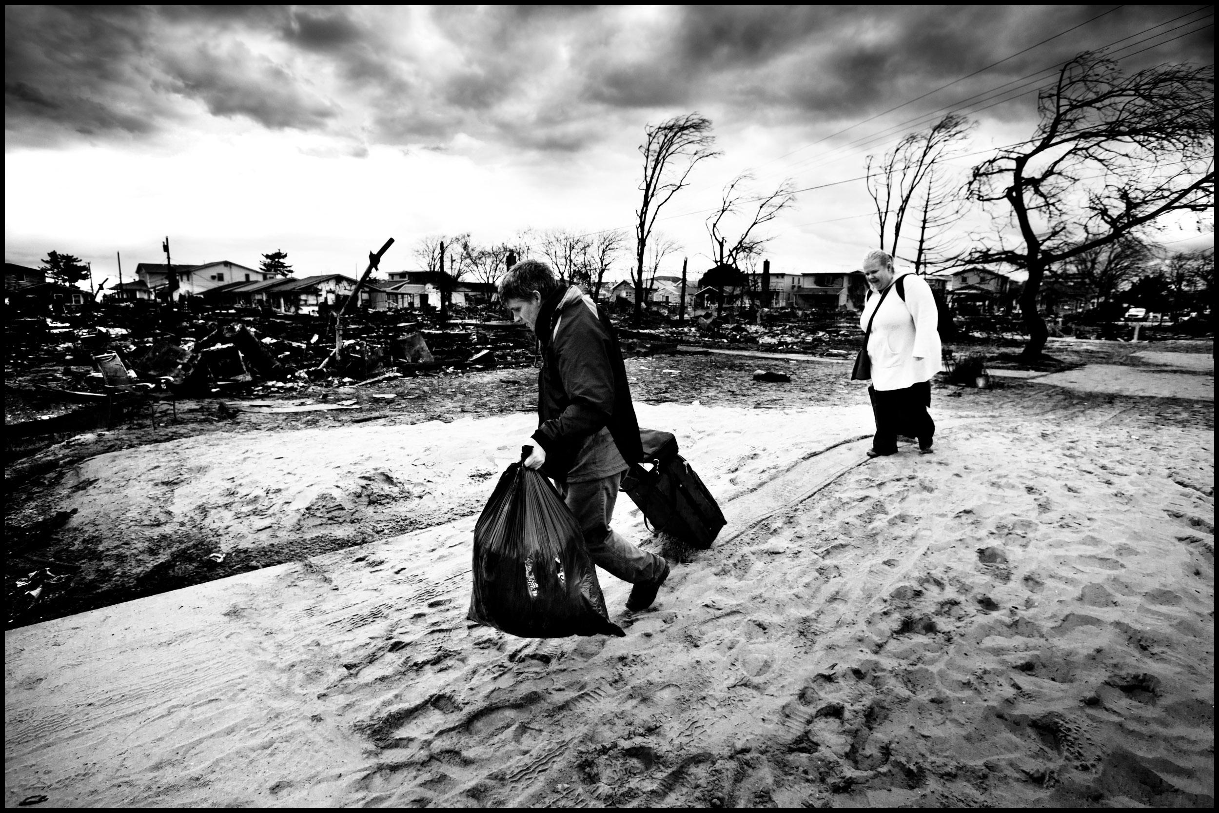 ZORIAH - A PHOTOJOURNALIST AND WAR PHOTOGRAPHER S BLOG  Hurricane ... 2b5f4c0984149