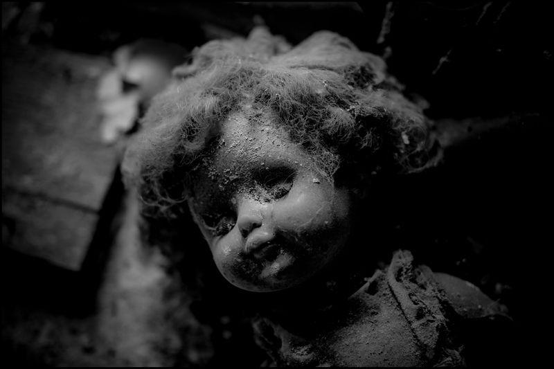 0004_zoriah_photojournalist_war_photographer_chernobyl_pripyat_abandonded_decay_photo_photography_20120722_5481