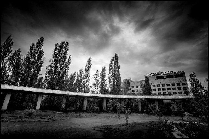 0001_zoriah_photojournalist_war_photographer_chernobyl_pripyat_20120719_0342-2