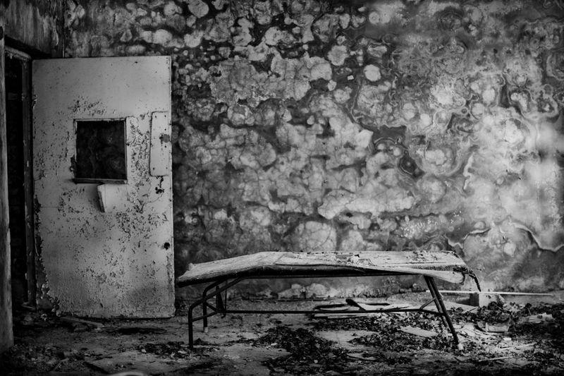 0006_zoriah_photojournalist_war_photographer_chernobyl_pripyat_kids_childrens_shoes_20120720_1806
