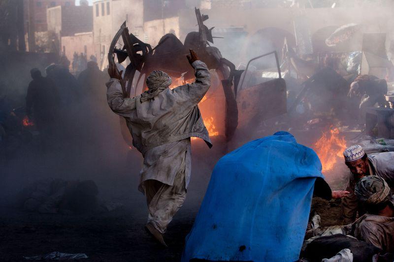 0002_zoriah_photojournalist_war_photographer_L'epreuve_Juliette_Binoche_20121208_0231-2
