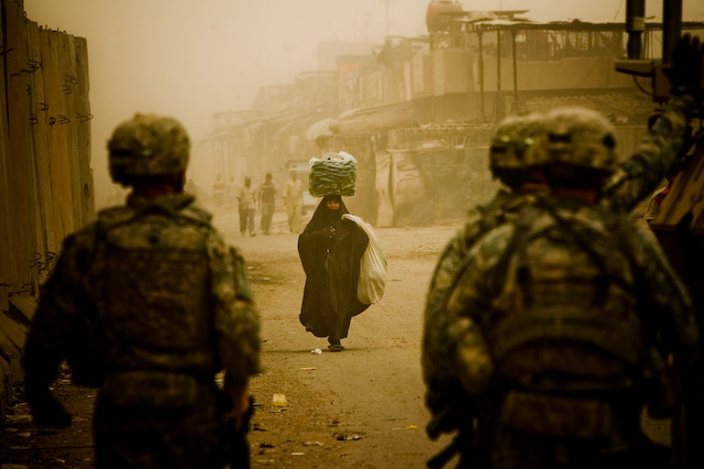 Zoriah_iraq_war_baghdad_soldiers__3