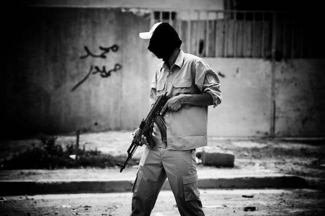 Zoriah_iraq_war_baghdad_ak47_iraqi_