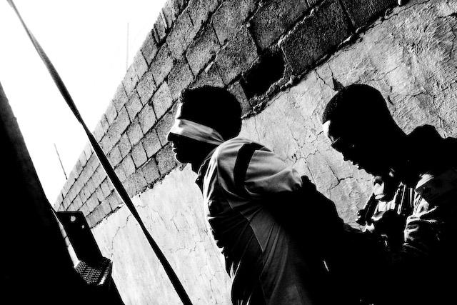 Zoriah_iraq_detainee_anbar_war_g6_2
